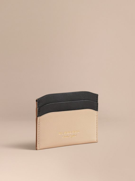 Two-tone Trench Leather Card Case in Limestone/ Black