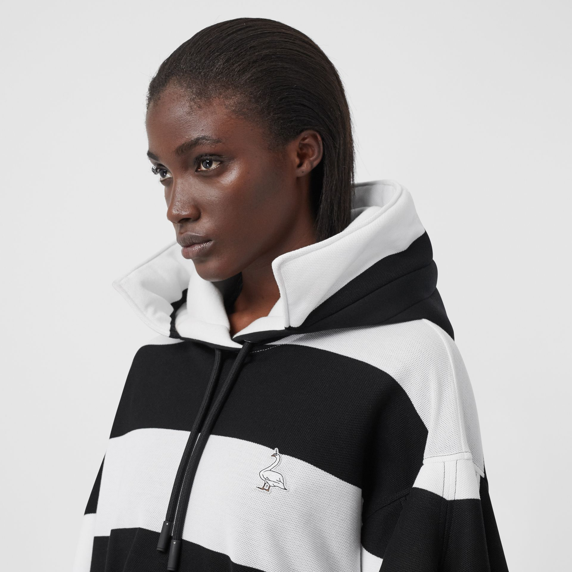 Swan Motif Cut-out Detail Cotton Oversized Hoodie in Black - Women | Burberry United Kingdom - gallery image 5