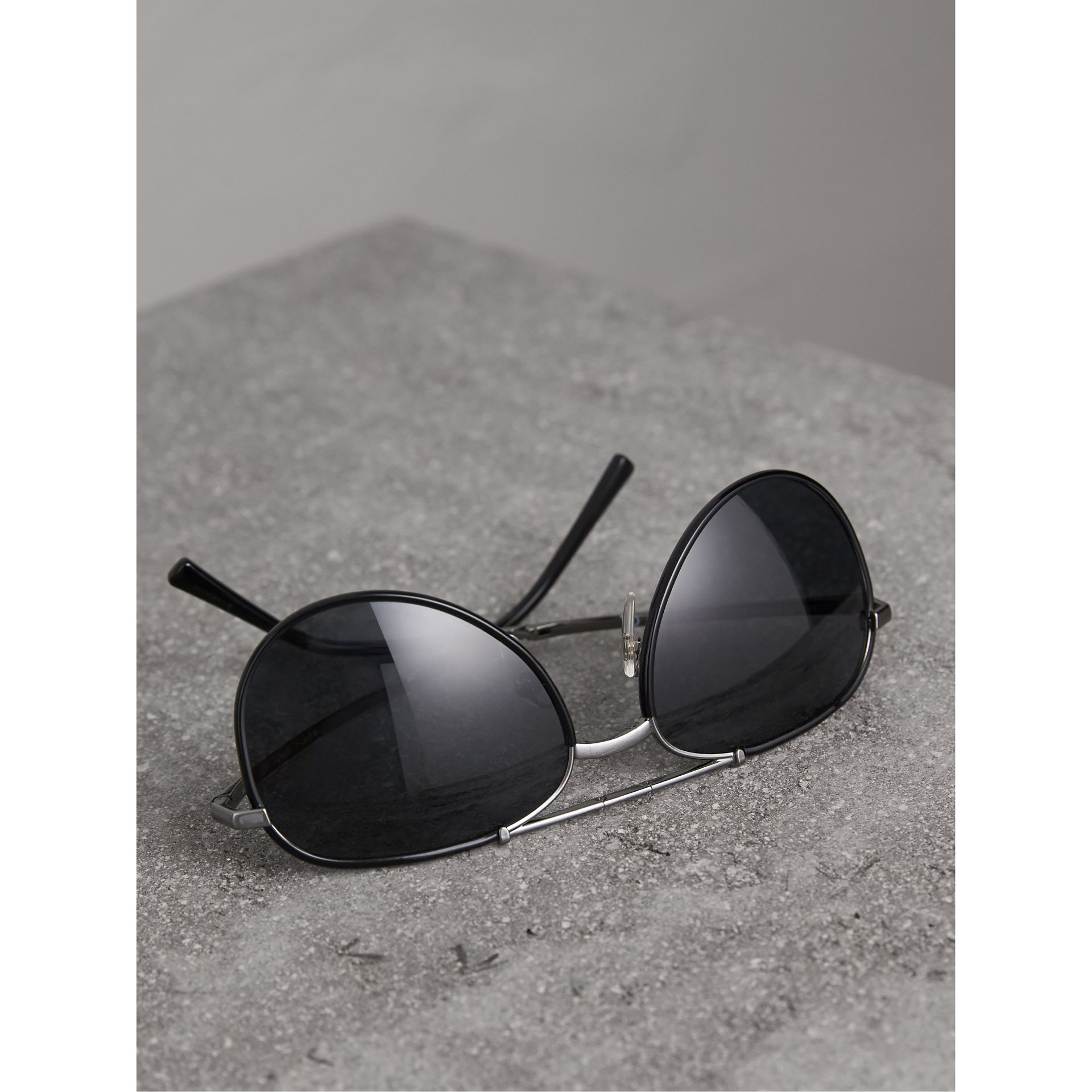 Folding Pilot Sunglasses in Black - Men | Burberry United Kingdom - gallery image 3