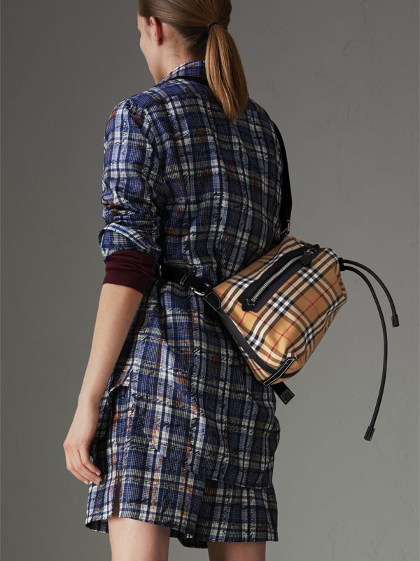 Small Vintage Check Canvas Duffle Bag in Antique Yellow - Women | Burberry United Kingdom - cell image 3