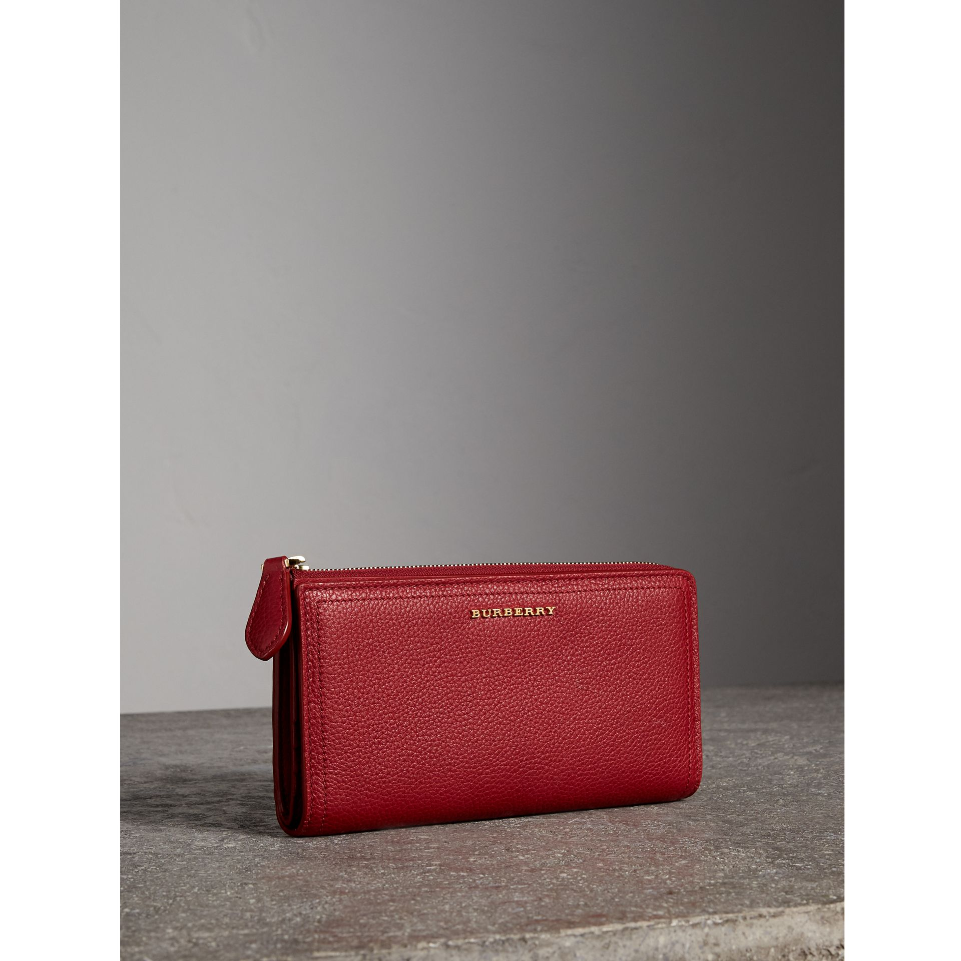 Grainy Leather Ziparound Wallet in Parade Red - Women | Burberry - gallery image 1