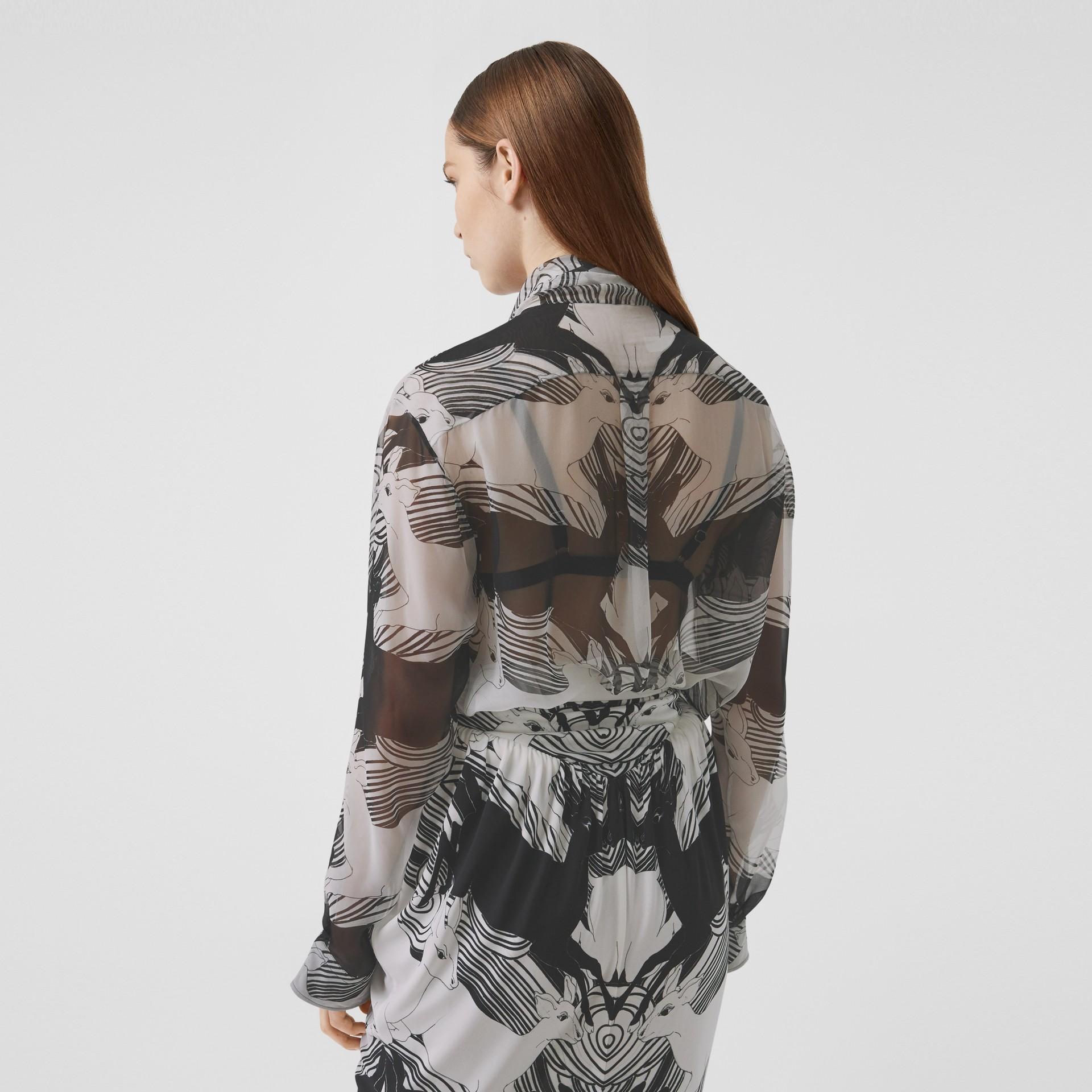Bluse aus Seidenchiffon mit Rehmotiven und Schleifendetail (Schwarz-weiß) - Damen | Burberry - Galerie-Bild 2