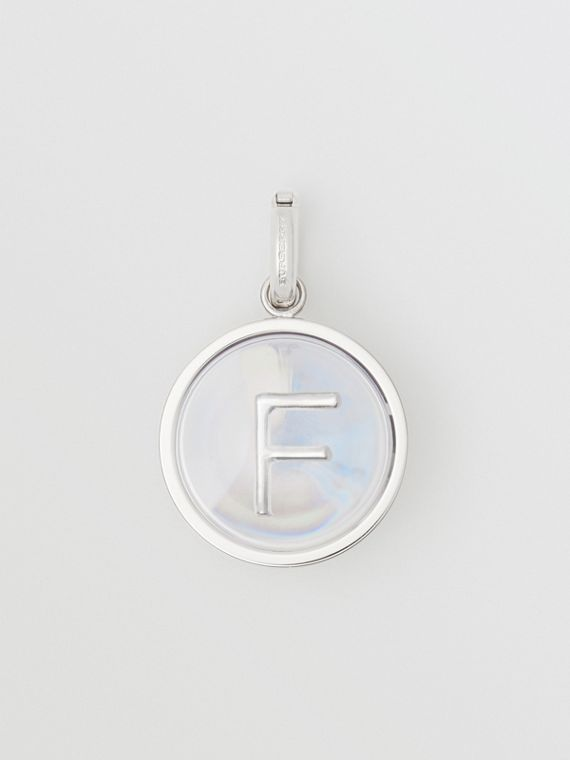 Marbled Resin 'F' Alphabet Charm in Palladio/nacre
