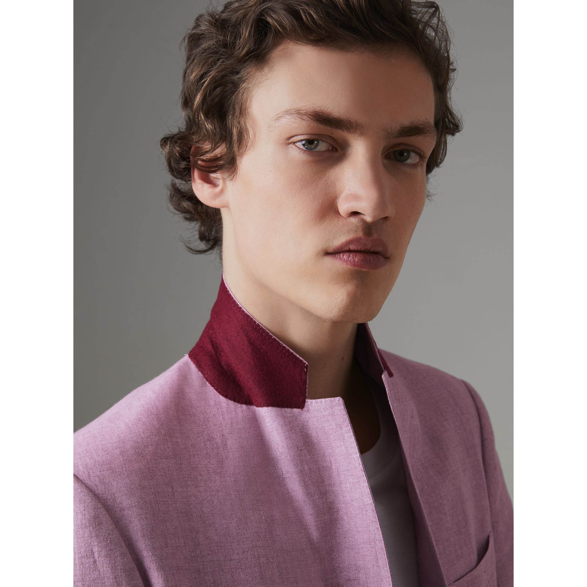 Soho Fit Linen Tailored Jacket in Pink Heather - Men | Burberry Australia - gallery image 4