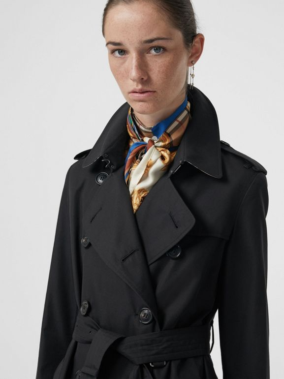 The Kensington Heritage Trench Coat in Midnight - Women | Burberry - cell image 1