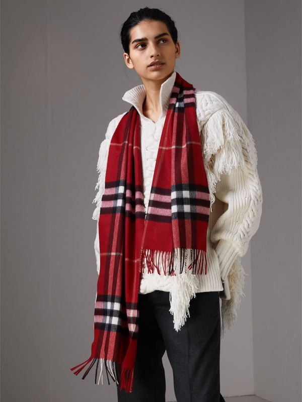 The Classic Check Cashmere Scarf in Parade Red | Burberry - cell image 2