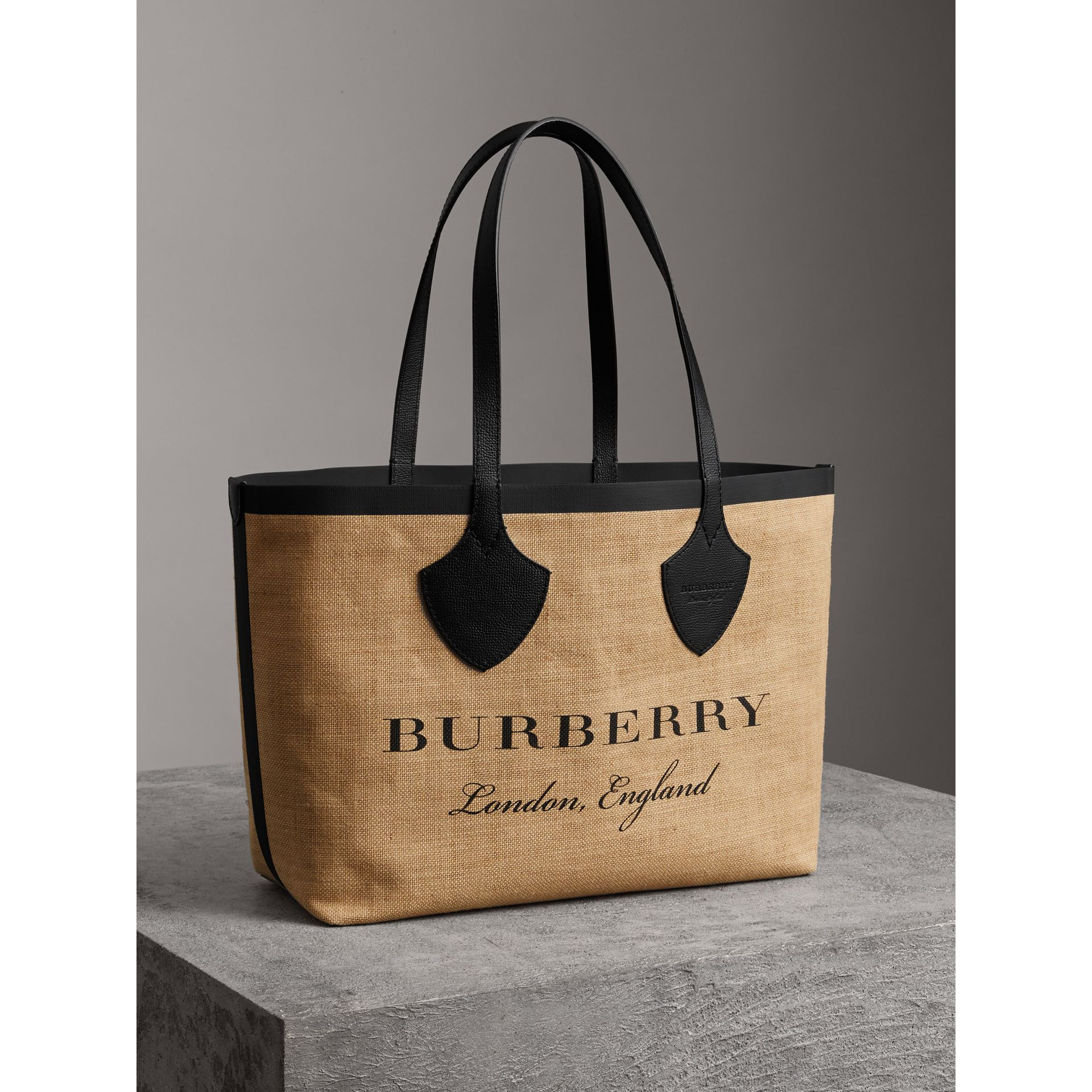 The Medium Giant Tote in Graphic Print Jute in Black - Women | Burberry Australia - gallery image 7