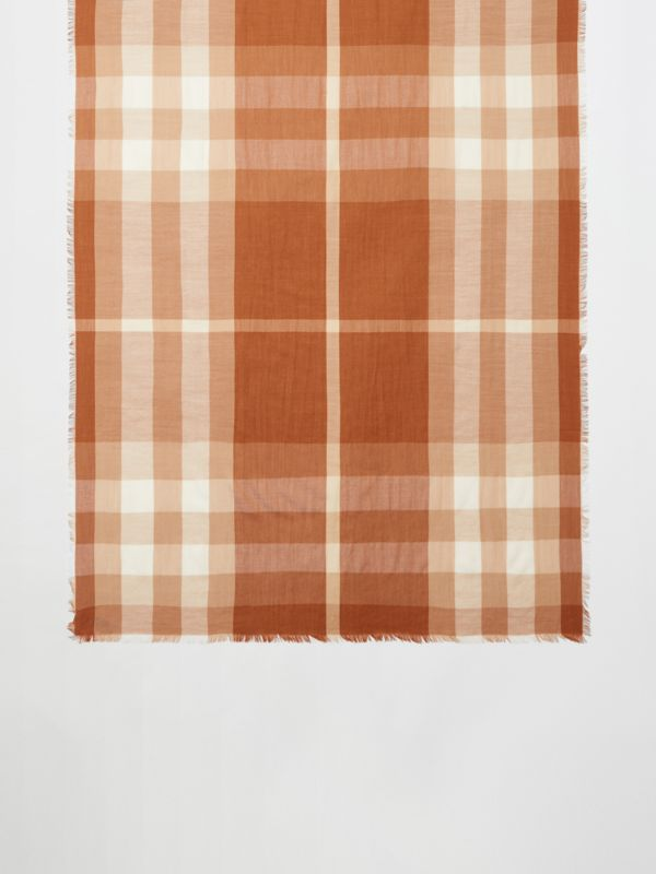 Lightweight Check Cashmere Scarf in Dark Camel | Burberry - cell image 3