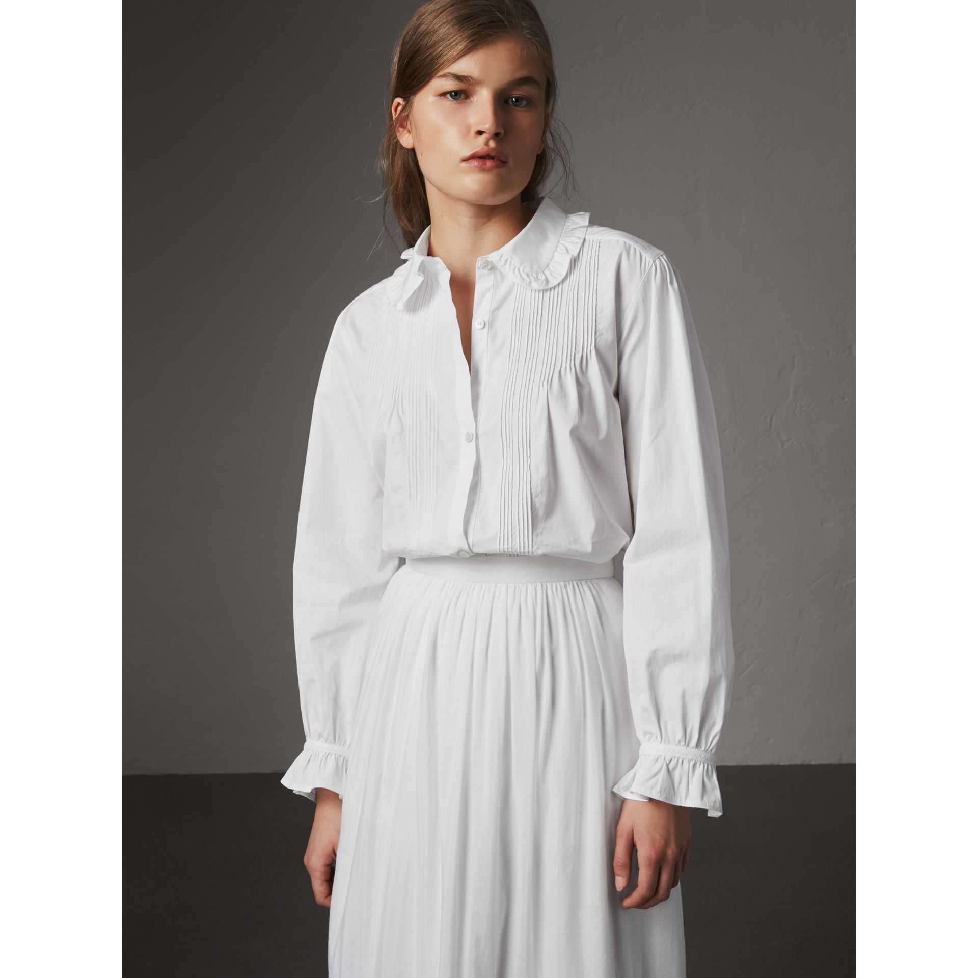 Ruffle and Pintuck Detail Cotton Shirt in White - Women | Burberry United States - gallery image 0