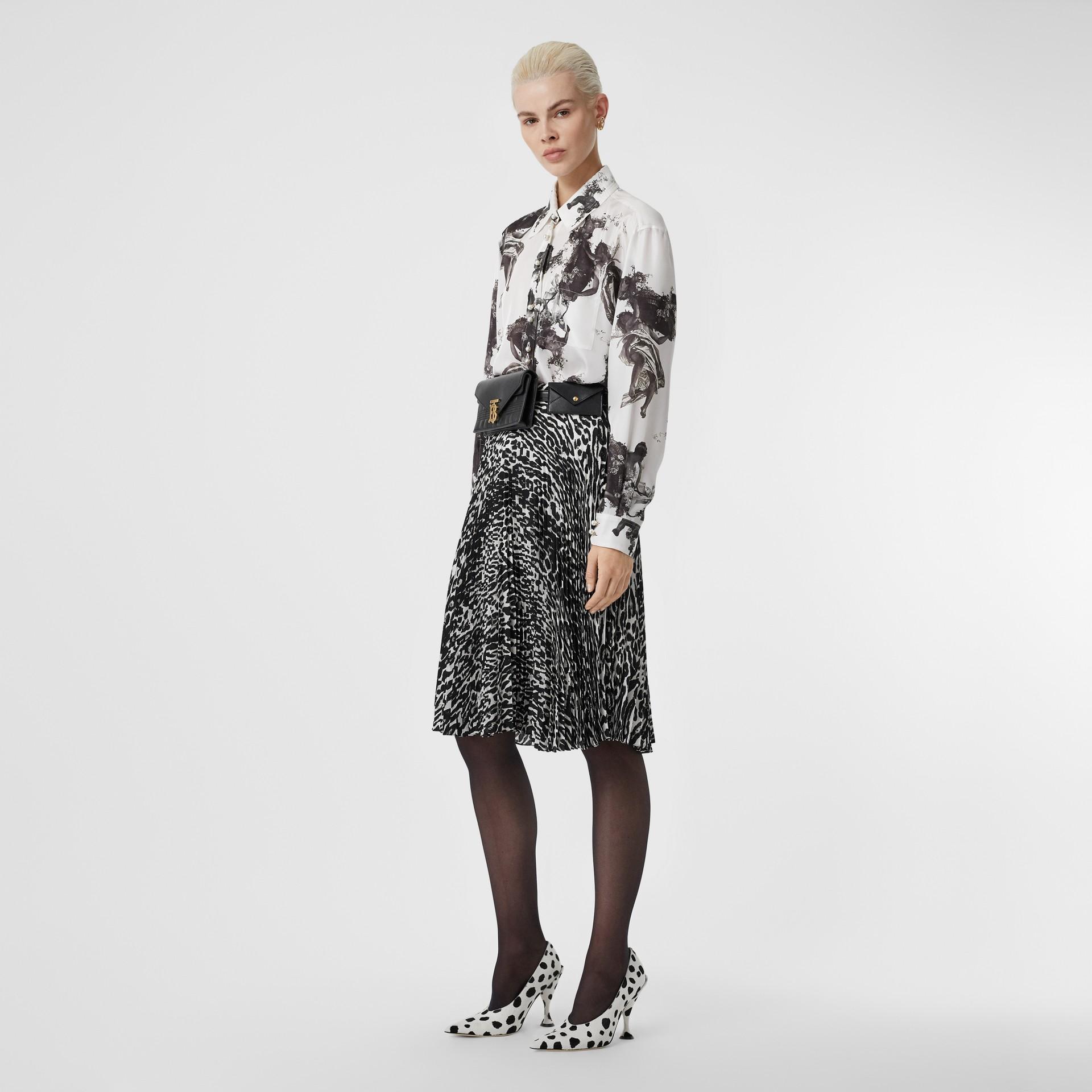 Chemise en sergé de soie à imprimé ange (Noir) - Femme | Burberry - photo de la galerie 5