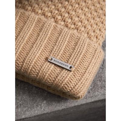 Burberry - Bonnet en laine et cachemire avec pompon en fourrure - 2