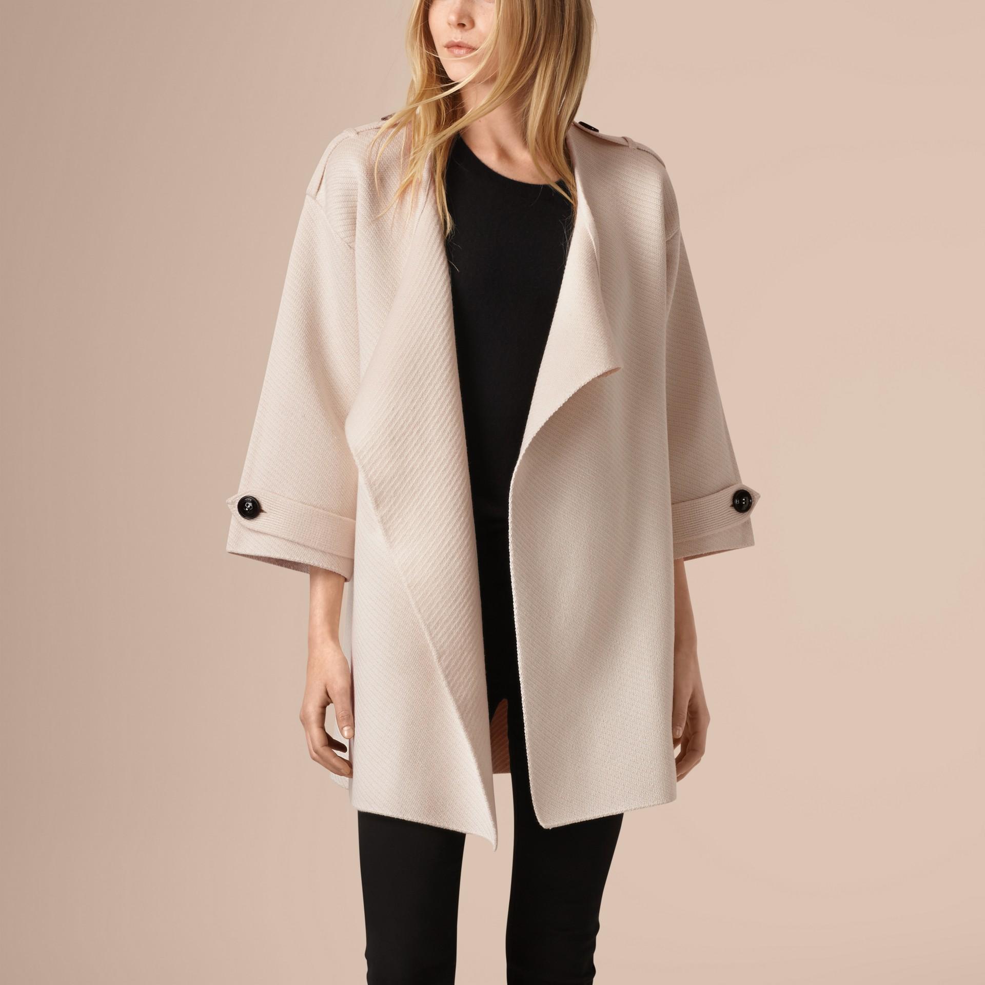 Bianco naturale Giacca in misto seta, lana e cashmere lavorato a maglia - immagine della galleria 4