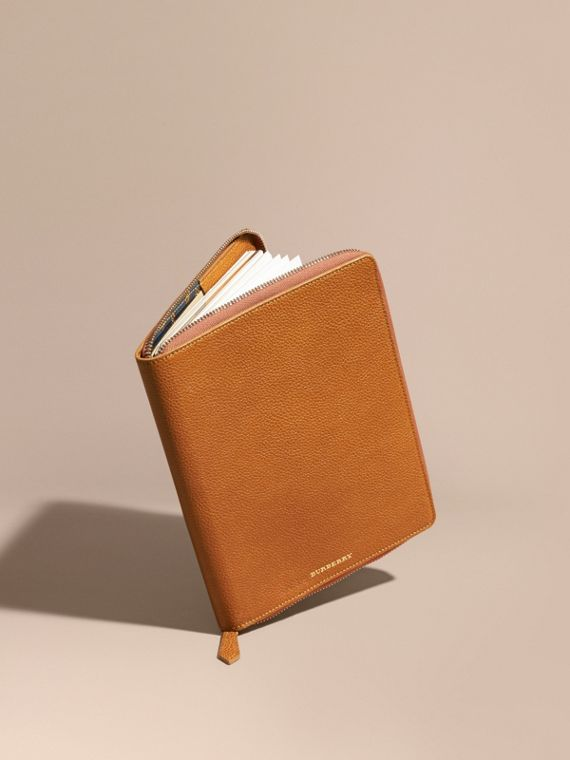 Ziparound Grainy Leather A5 Notebook Light Toffee