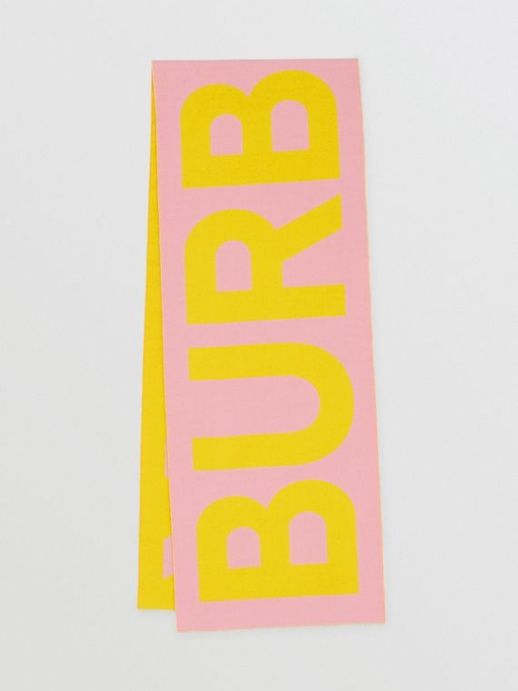 Logo Wool Jacquard Scarf in Candy Pink