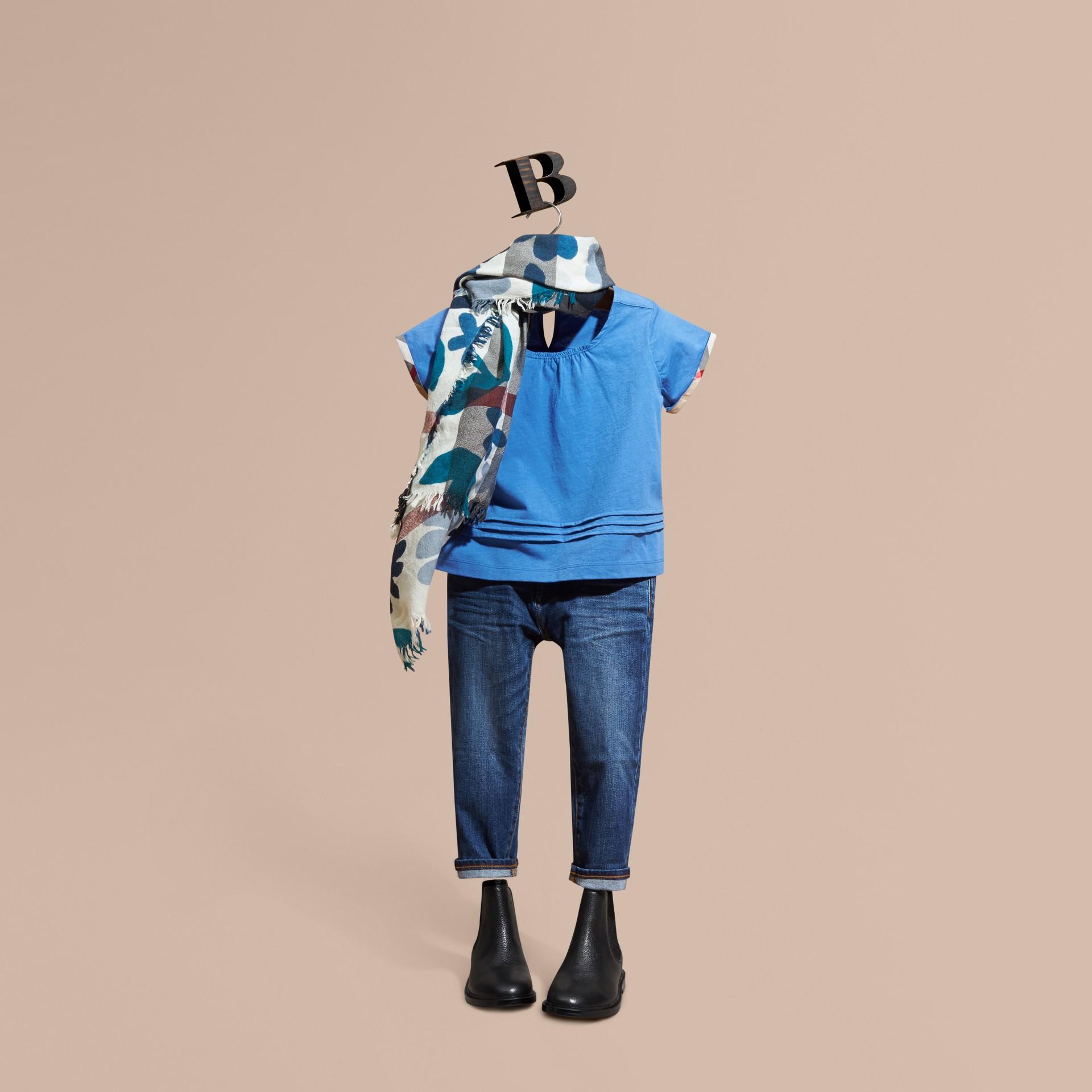 Bleu hortensia vif T-shirt à plis en coton à motif check Bleu Hortensia Vif - photo de la galerie 1