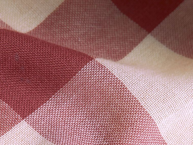 Lightweight Check Wool Cashmere Scarf in Chalk Pink | Burberry - cell image 1
