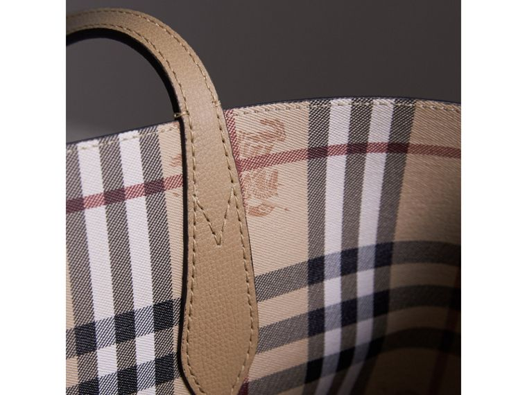 The Small Reversible Tote in Haymarket Check and Leather in Mid Camel - Women | Burberry - cell image 1
