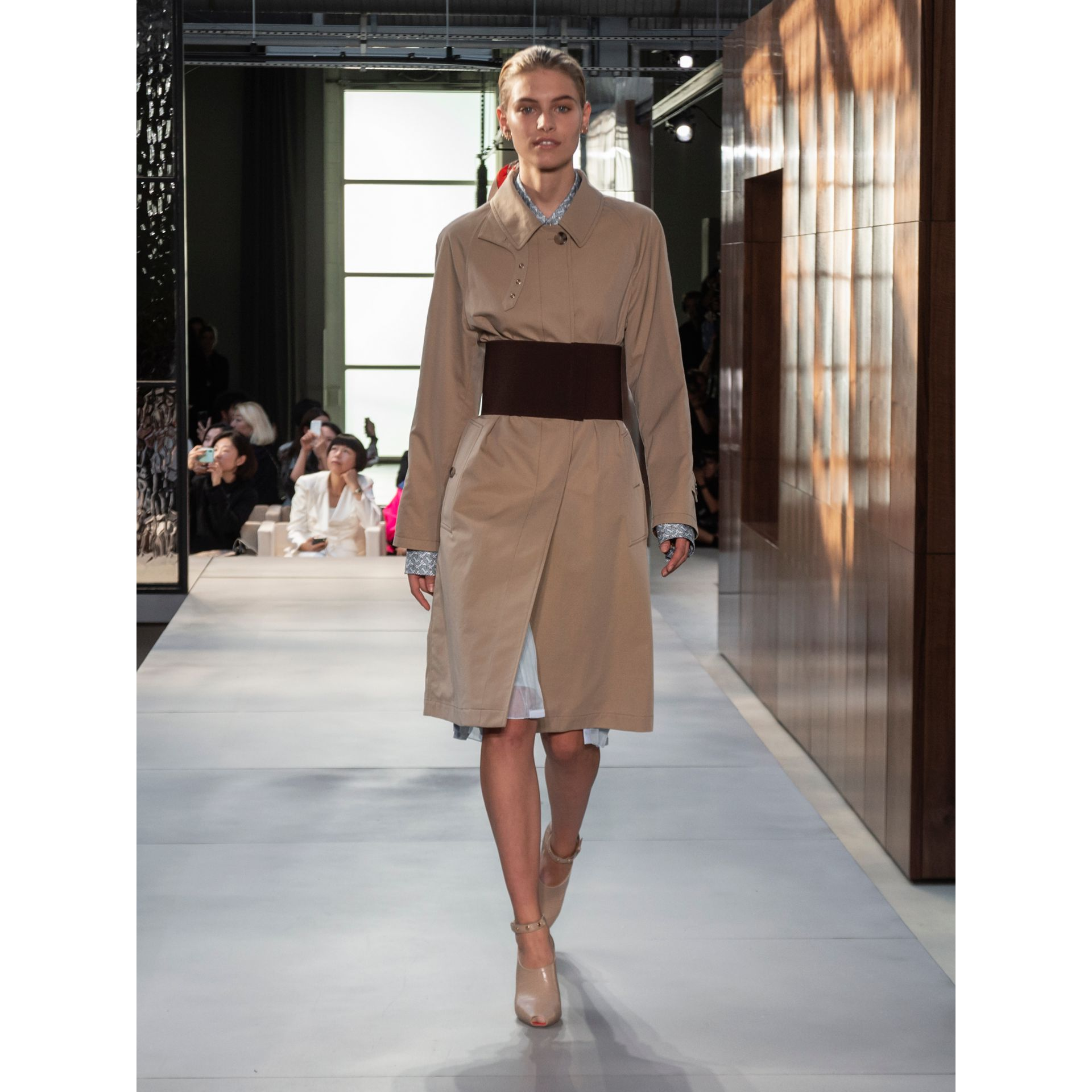 Corset-belt Cotton Gabardine Car Coat in Pale Honey - Women | Burberry - gallery image 8