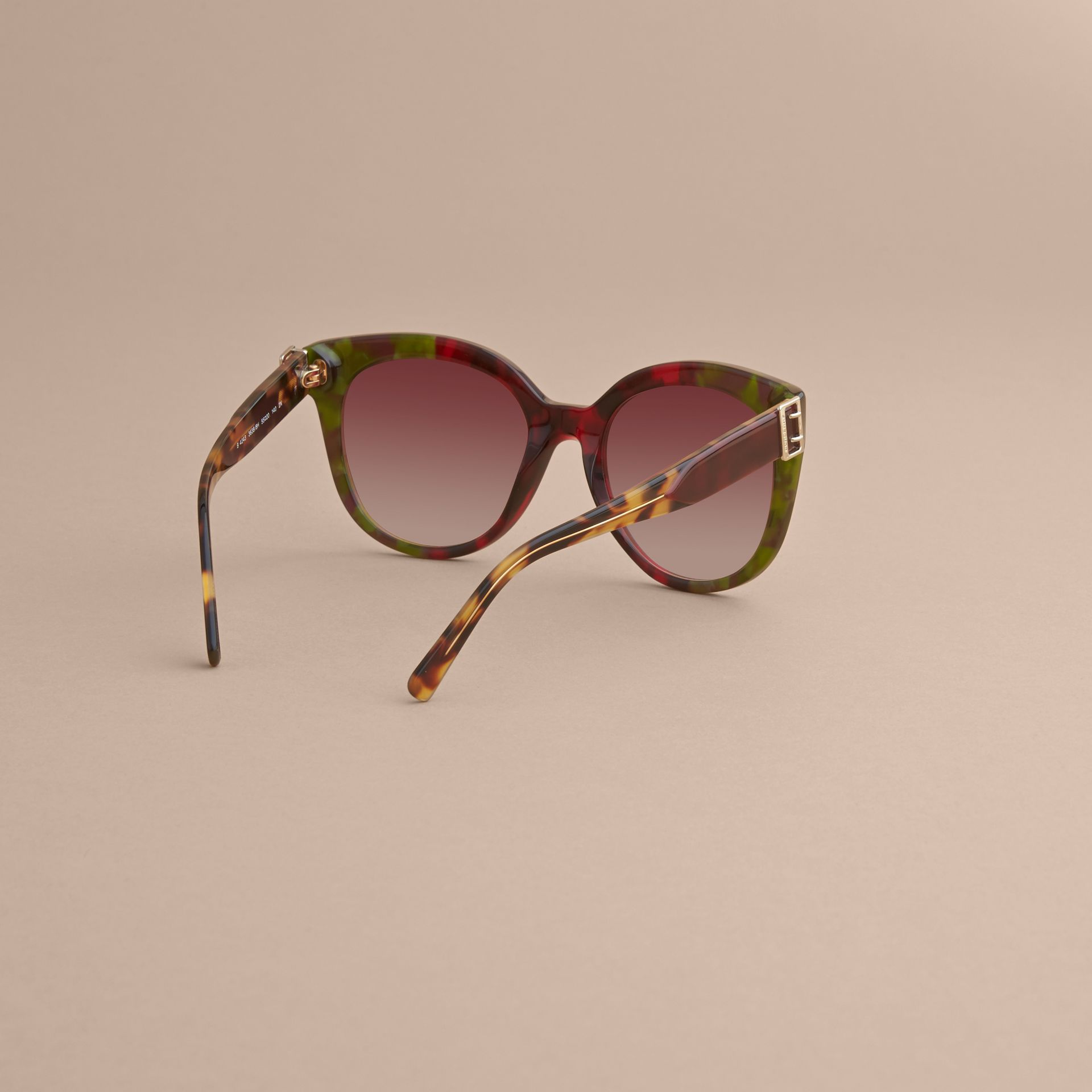Buckle Detail Cat-eye Frame Sunglasses in Cardinal Red - Women | Burberry United Kingdom - gallery image 3
