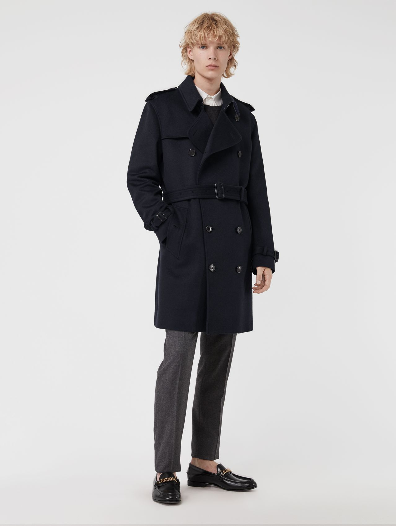 Trench coat in cashmere (Navy)