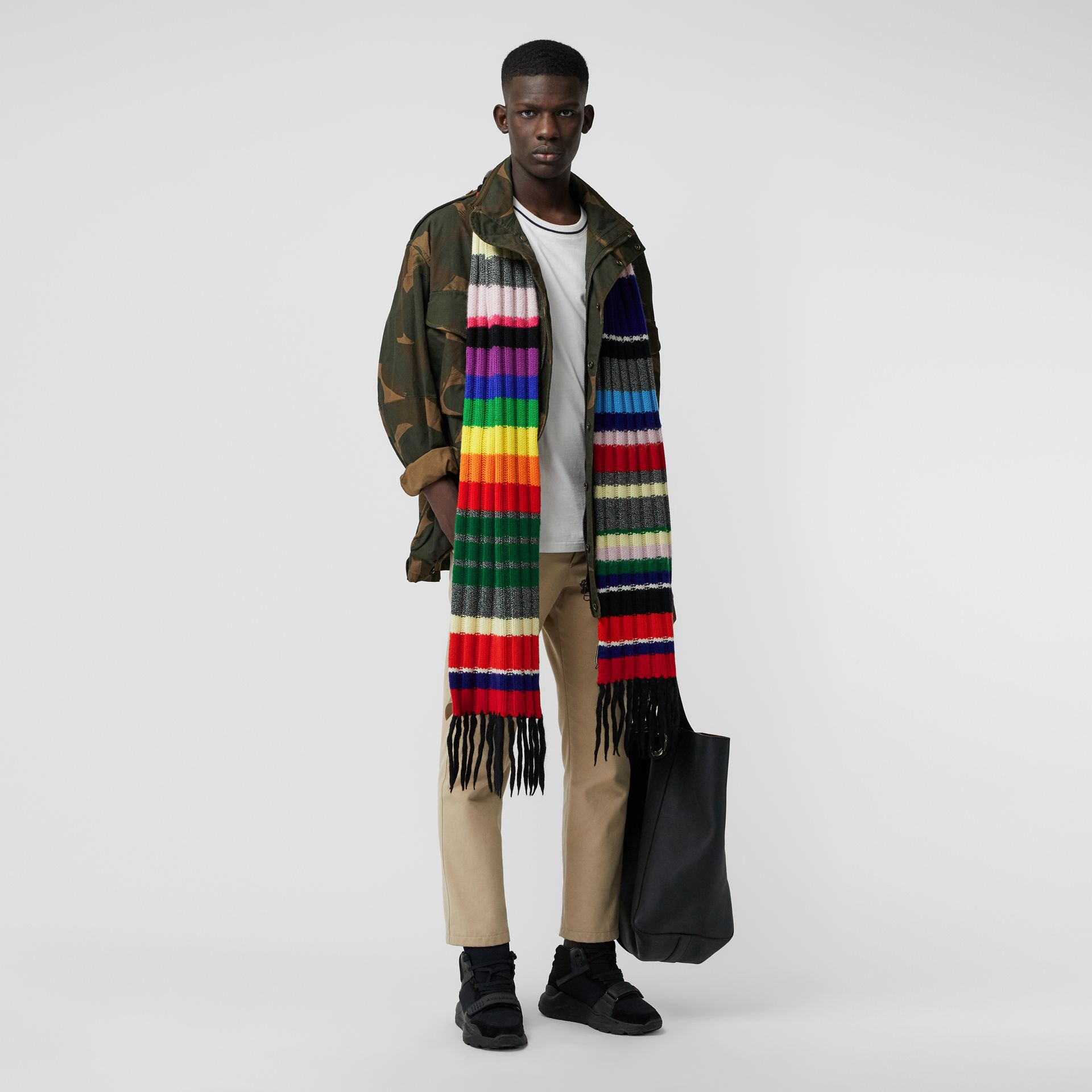 Striped Chunky Knit Cashmere Wool Blend Scarf in Multicolour | Burberry - gallery image 3