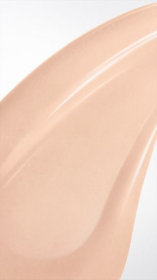 Bright Glow Foundation LSF 30 PA+++ – Porcelain No.11