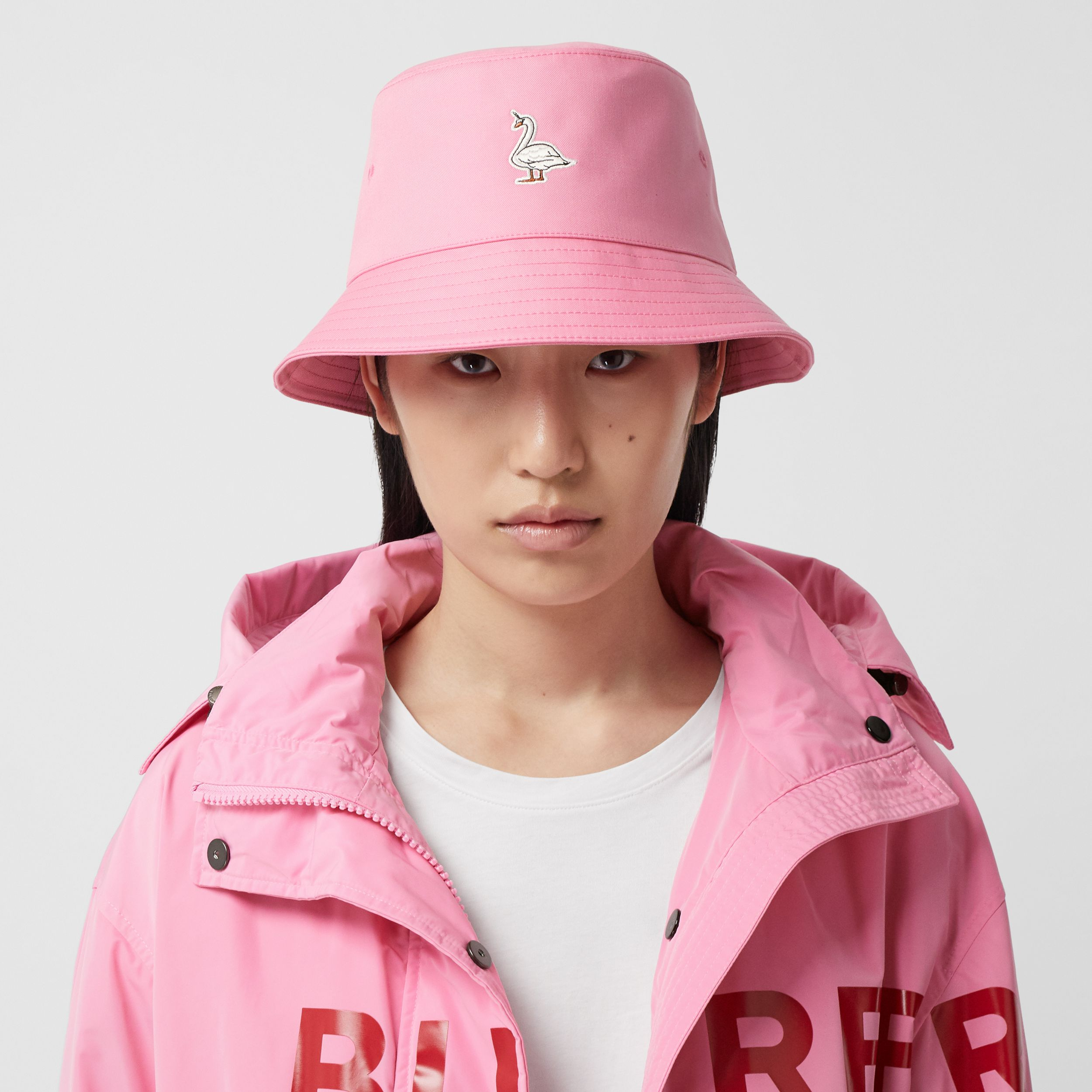 Swan Appliqué Cotton Twill Bucket Hat in Bubblegum Pink | Burberry - 3