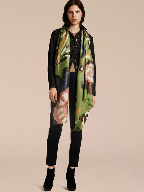 Green oxide Floral Metallic Cashmere Scarf Green Oxide - cell image 2