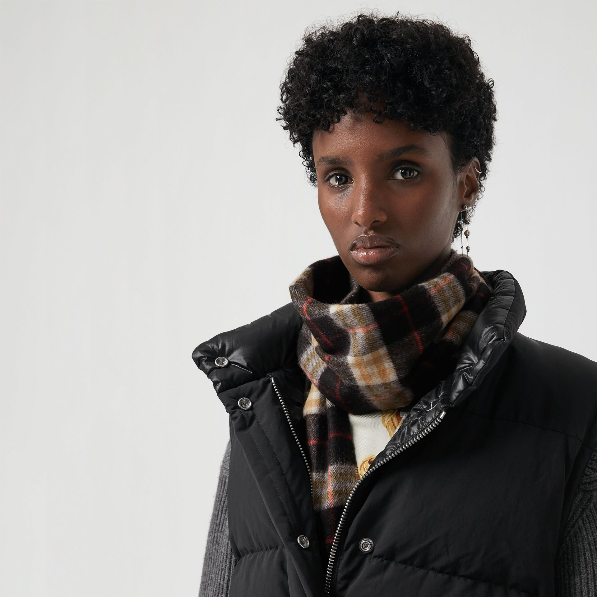 Check Cashmere Scarf in Black | Burberry United States - gallery image 5