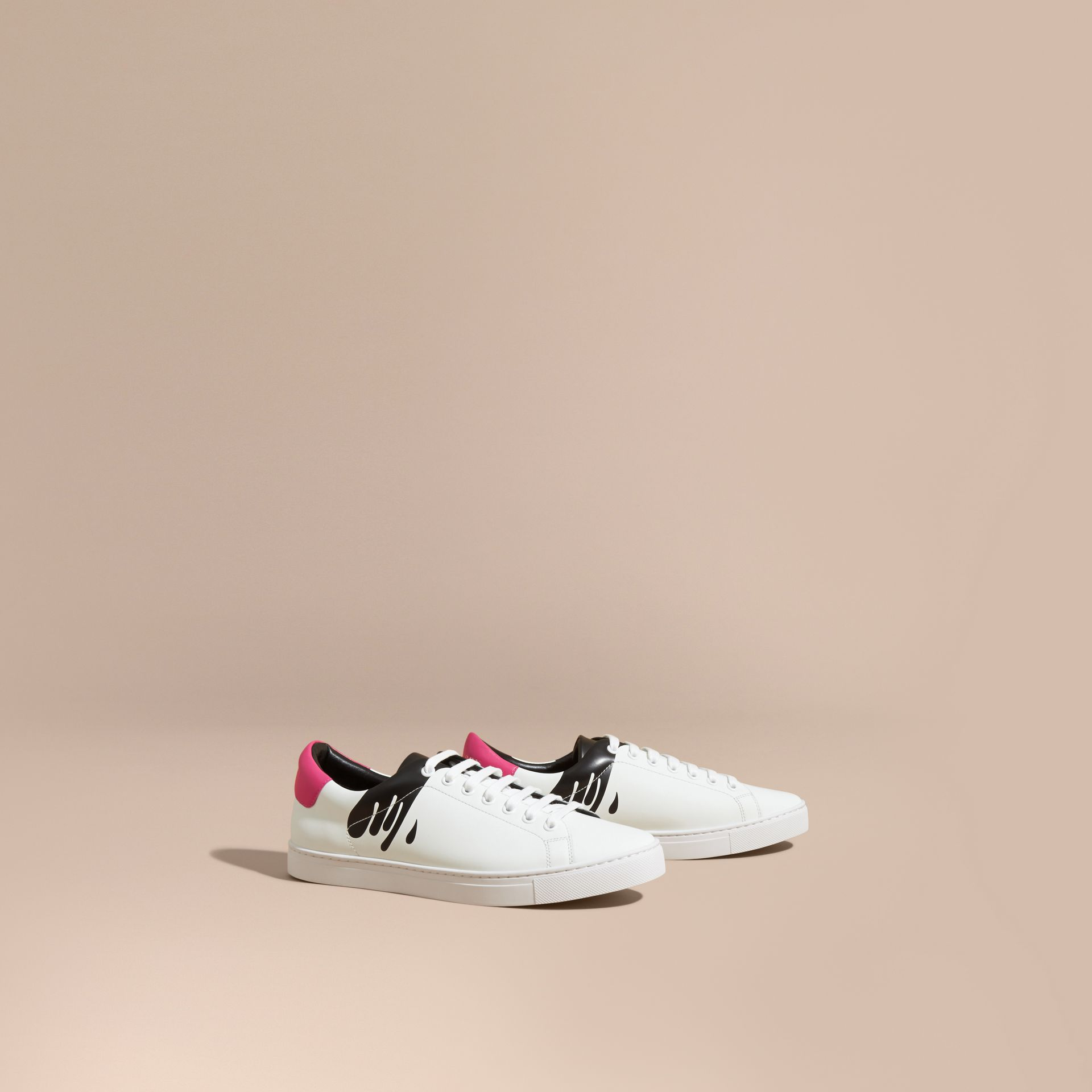 Splash Motif Leather Trainers in Optic White/black - gallery image 1