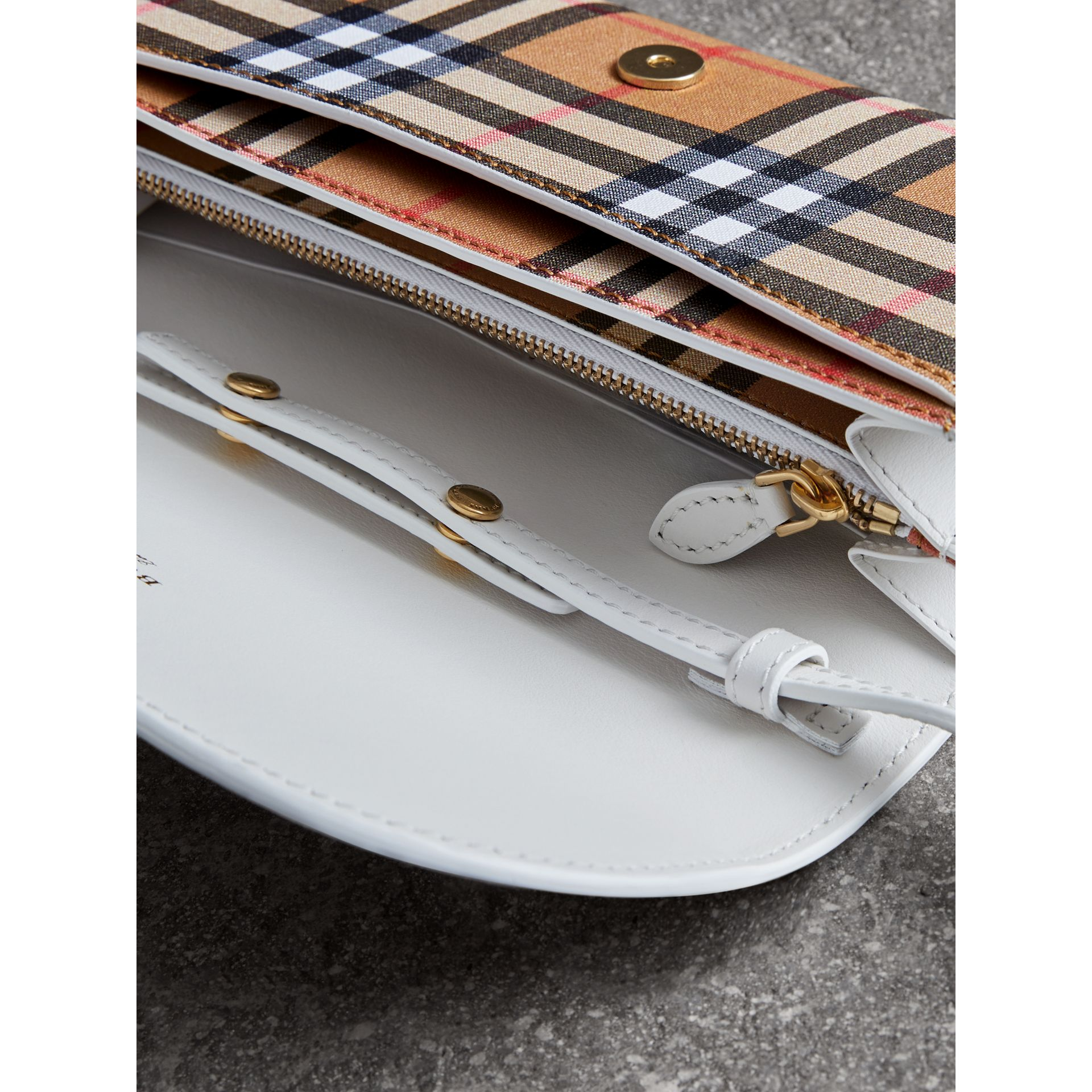 Detachable Strap Vintage Check Leather Wallet in Chalk White - Women | Burberry Canada - gallery image 3