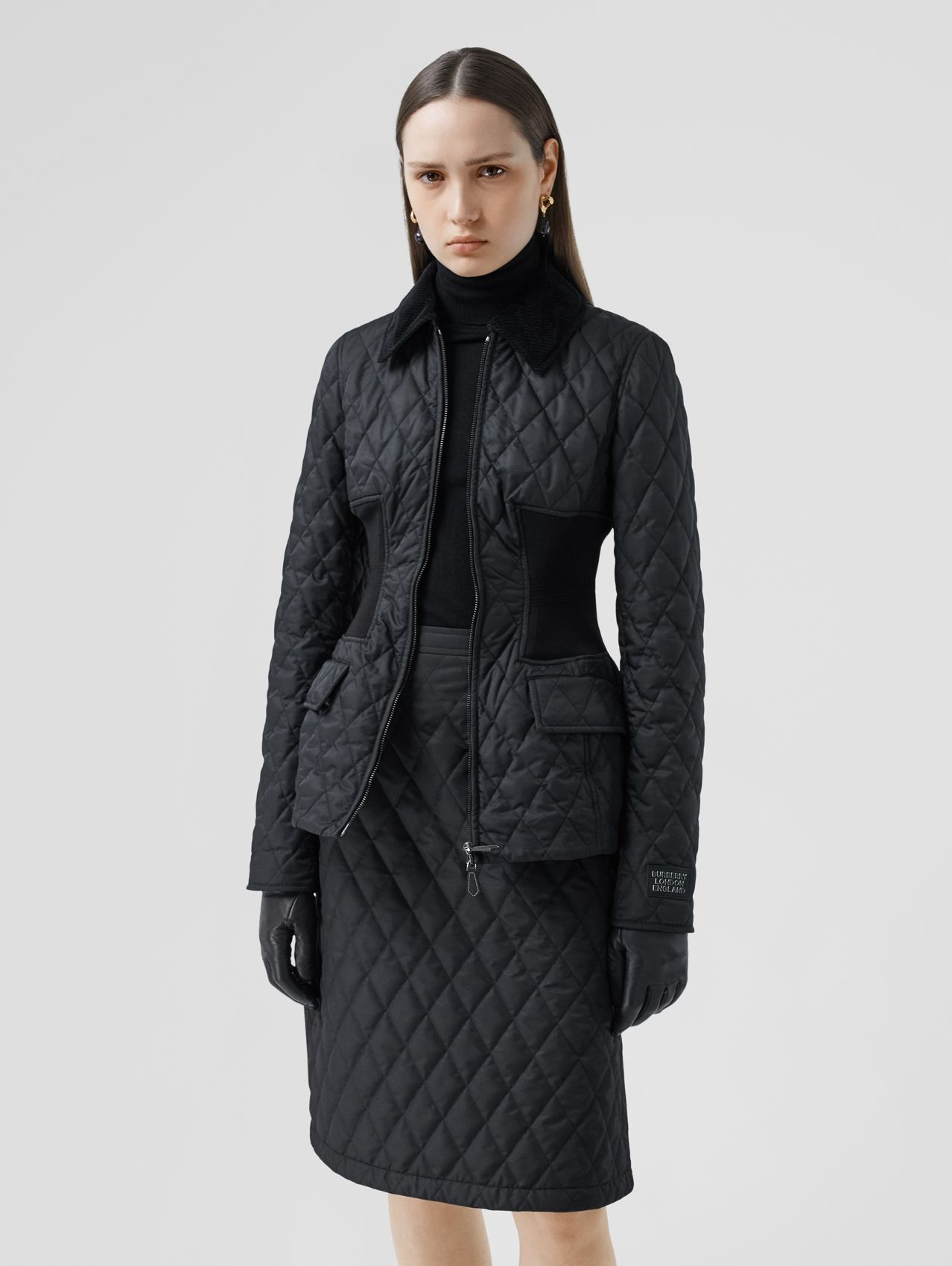 Rib Knit Panel Diamond Quilted Barn Jacket (Black)