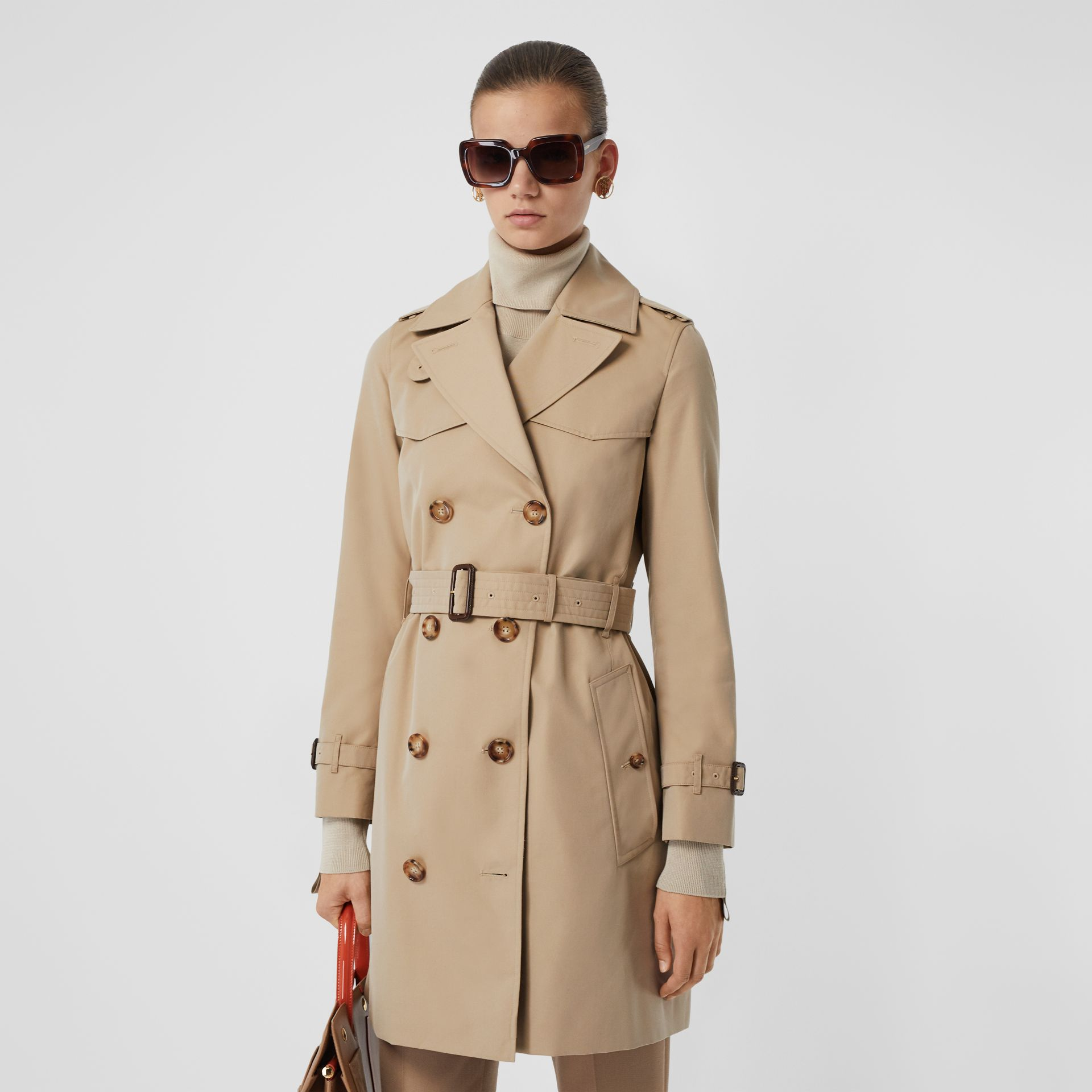 The Short Islington Trench Coat in Honey - Women | Burberry - gallery image 6