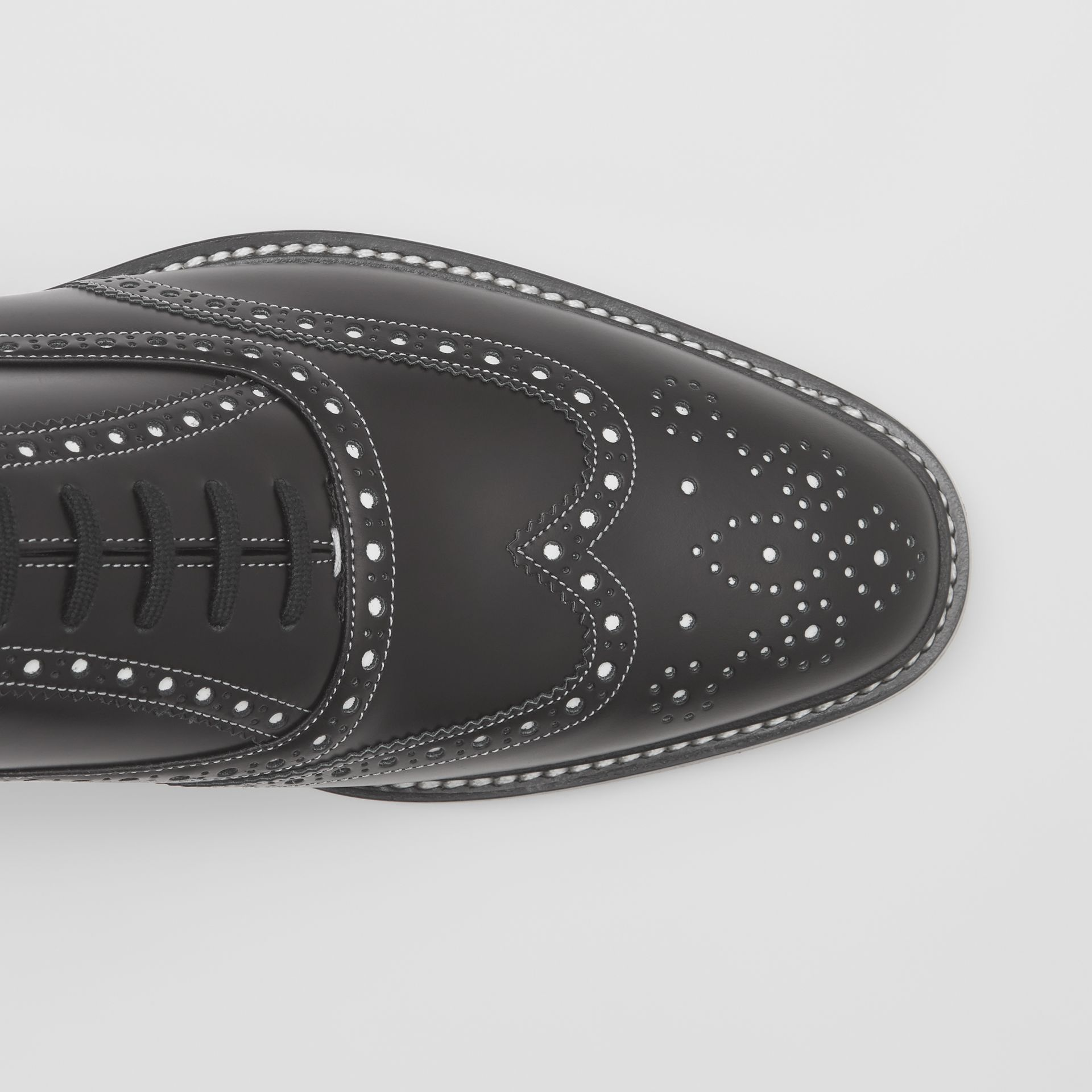 D-ring Detail Two-tone Leather Oxford Brogues in Black/white - Men | Burberry United Kingdom - gallery image 1
