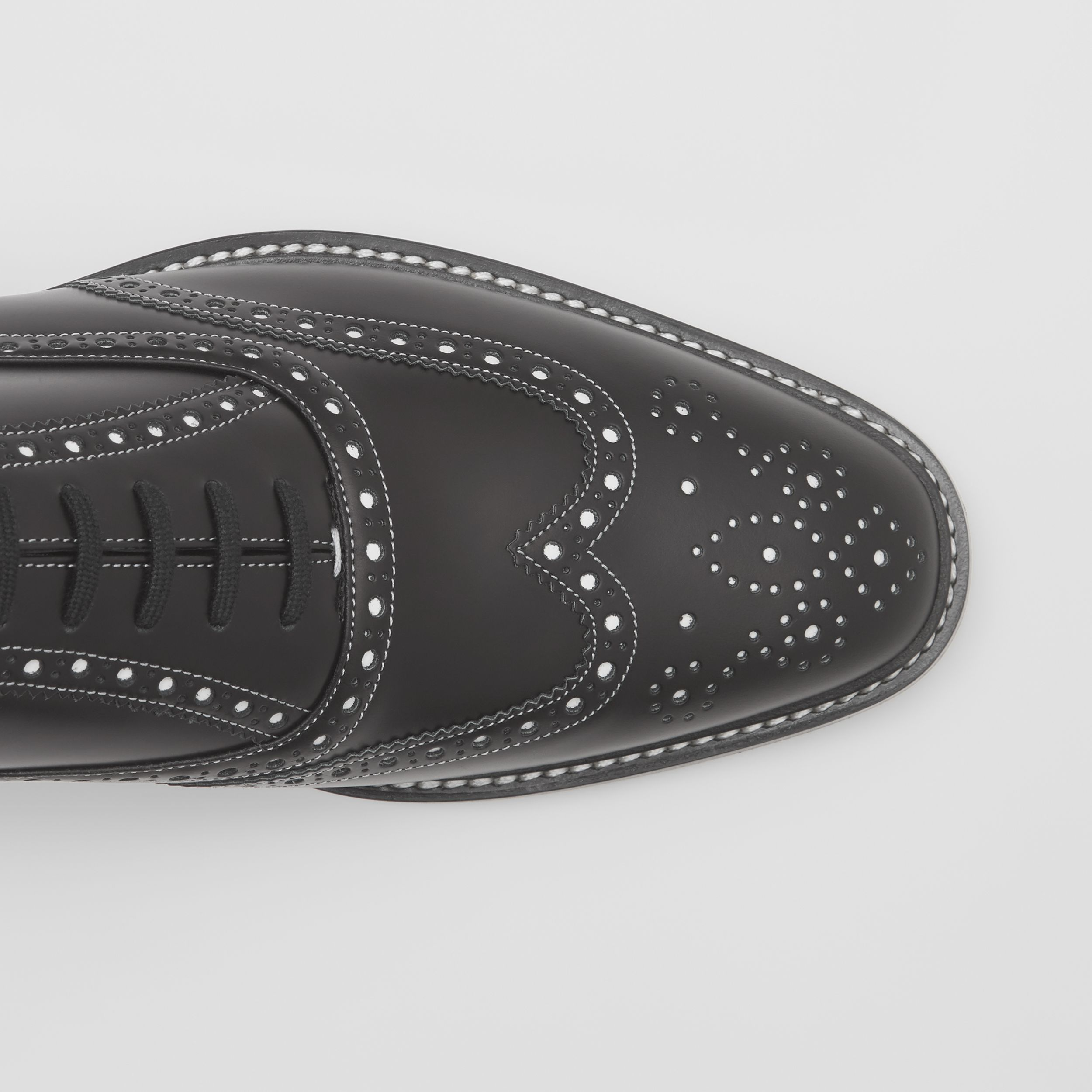 D-ring Detail Two-tone Leather Oxford Brogues in Black/white - Men | Burberry - 2