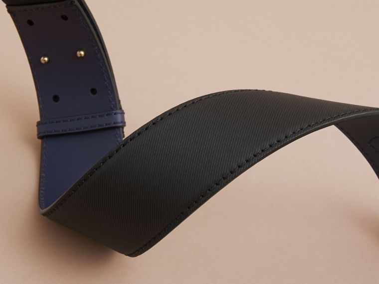Two-tone Trench Leather Belt in Black / Ink Blue - Women | Burberry - cell image 2