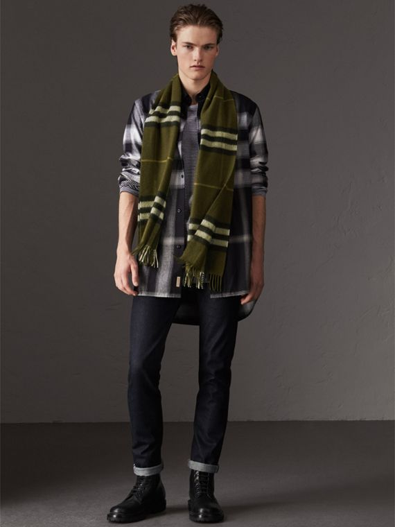 The Classic Check Cashmere Scarf in Olive Green | Burberry - cell image 3