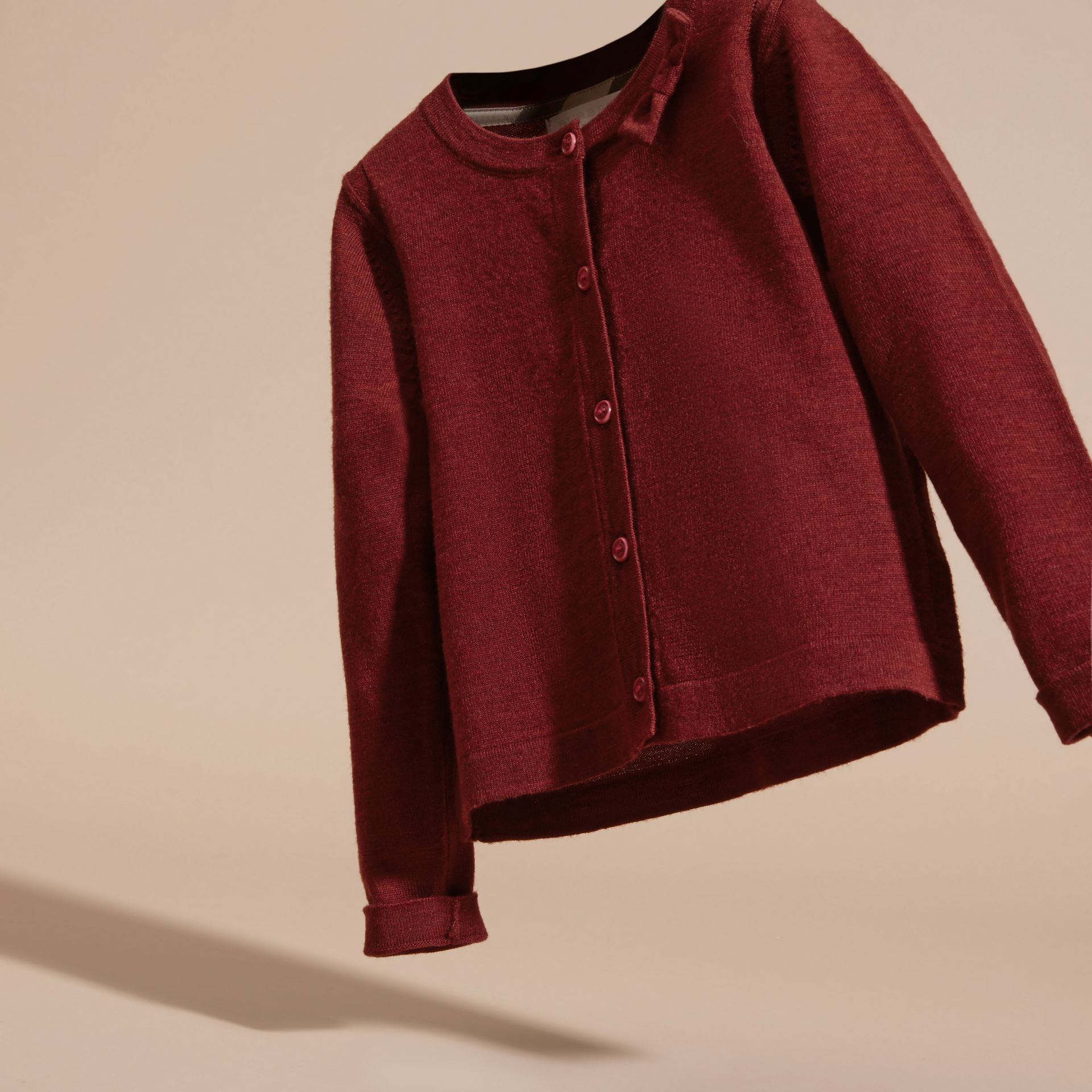 Rosa prugna scuro Cardigan in lana Merino leggera Rosa Prugna Scuro - immagine della galleria 3