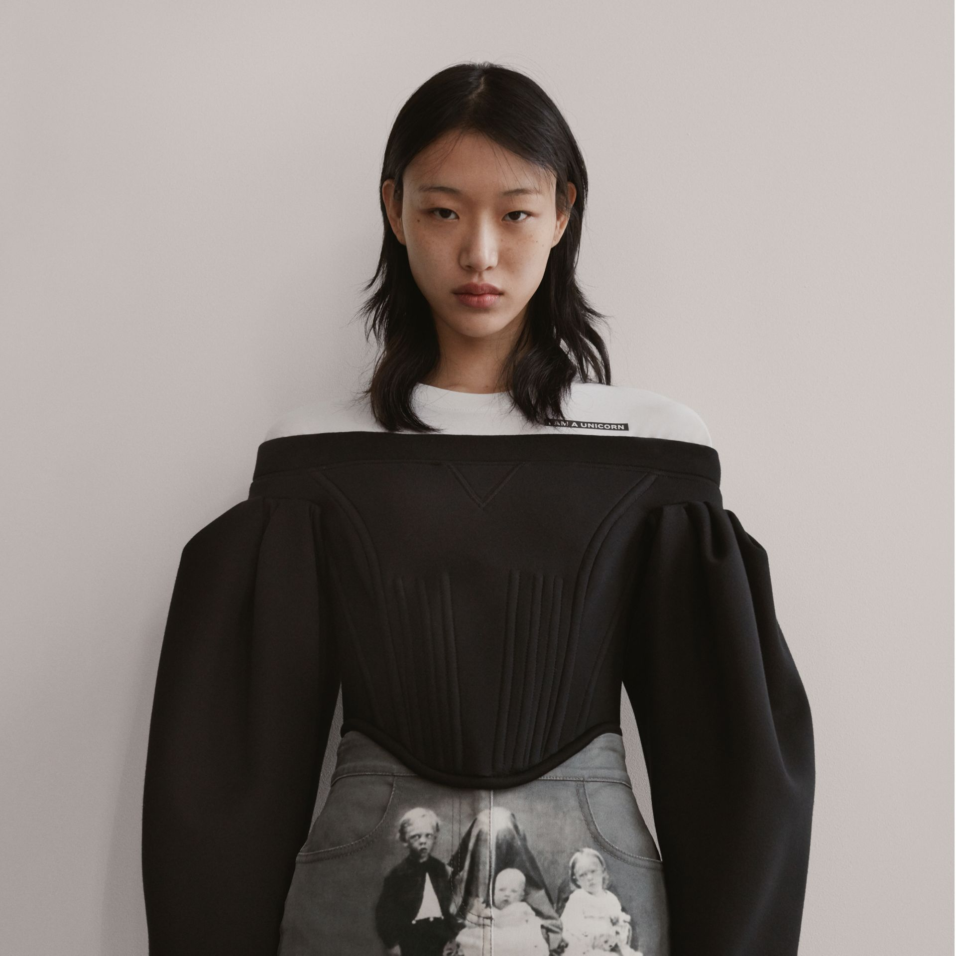 Victorian Portrait Print Stretch Denim Mini Skirt in Grey - Women | Burberry Singapore - gallery image 1