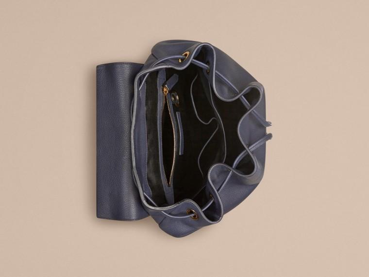 Dunkles zinnblau Rucksack aus genarbtem Leder Dunkles Zinnblau - cell image 4