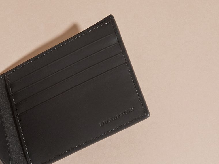 Black Patchwork London Leather Folding Wallet Black - cell image 4