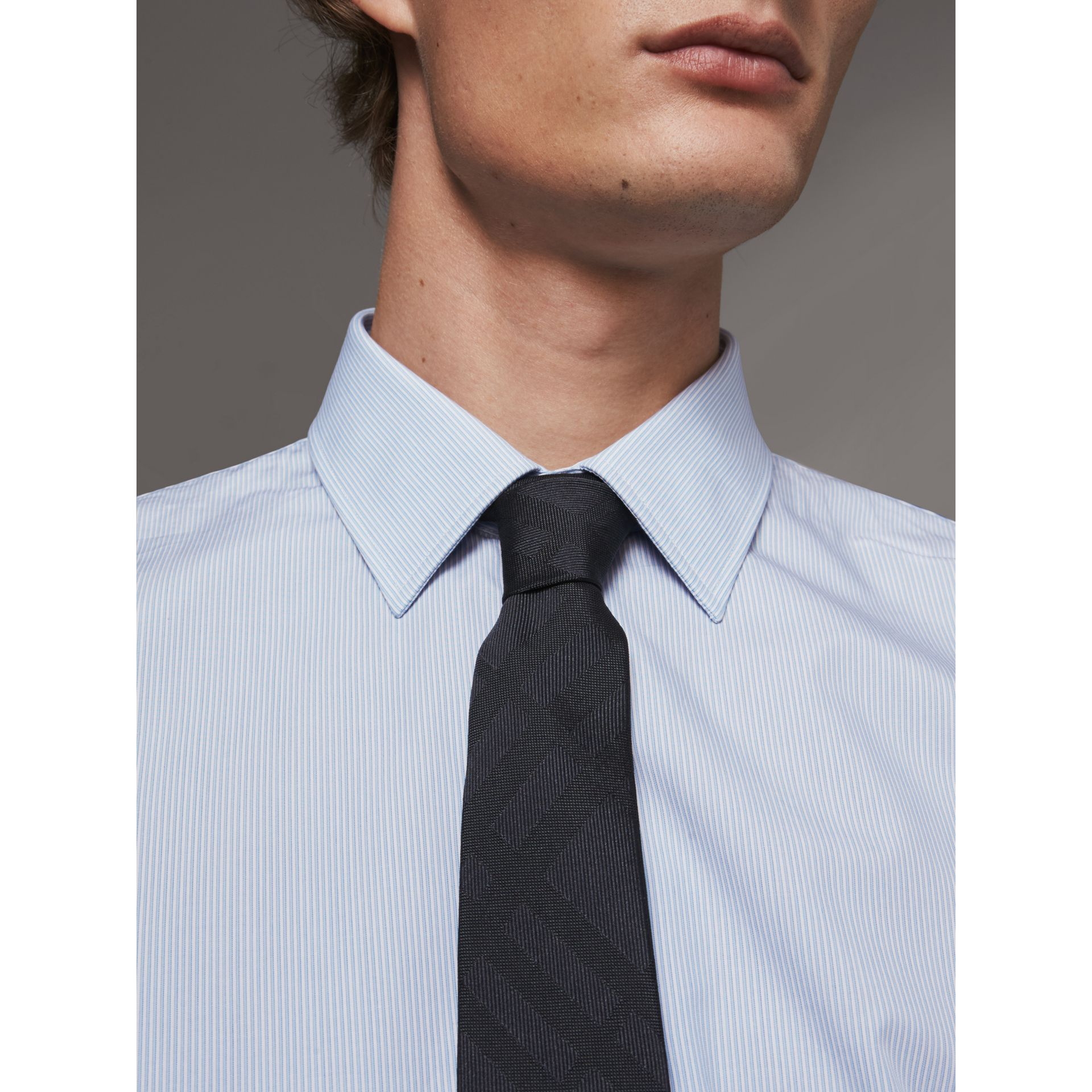 Modern Fit Striped Cotton Poplin Shirt in City Blue - Men | Burberry United Kingdom - gallery image 2