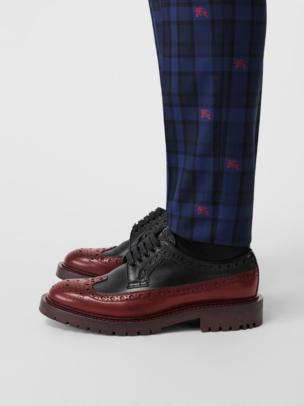 Brogue Detail Leather Derby Shoes in Black/antique Garnet - Men | Burberry Singapore - cell image 2