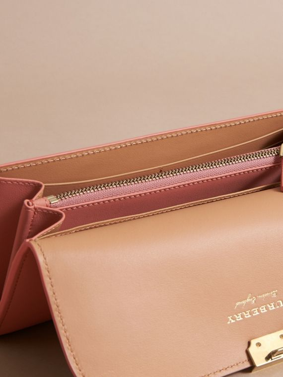 Two-tone Trench Leather Continental Wallet Ash Rose/pale Clementine - cell image 3