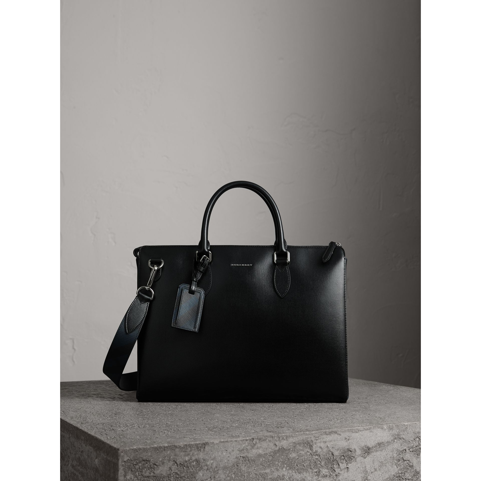 Large London Leather Briefcase in Black - Men | Burberry Canada - gallery image 0