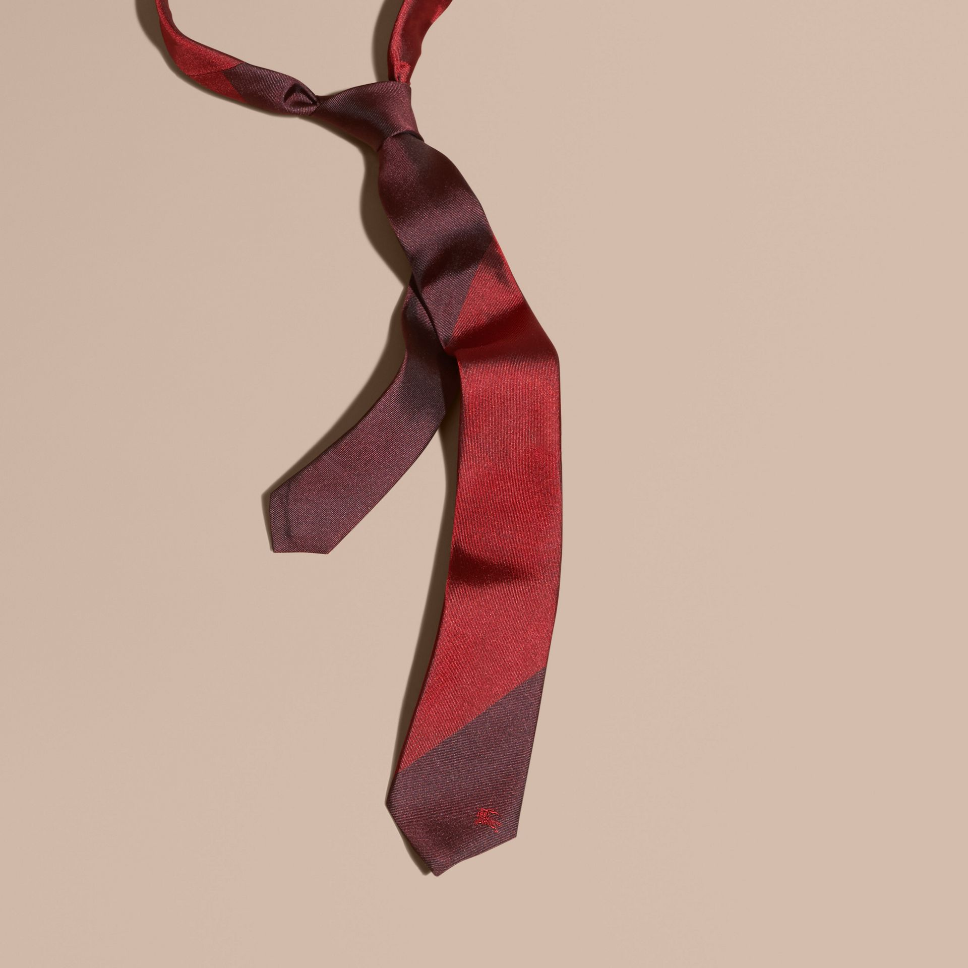 Parade red Slim Cut Striped Jacquard Silk Tie Parade Red - gallery image 1