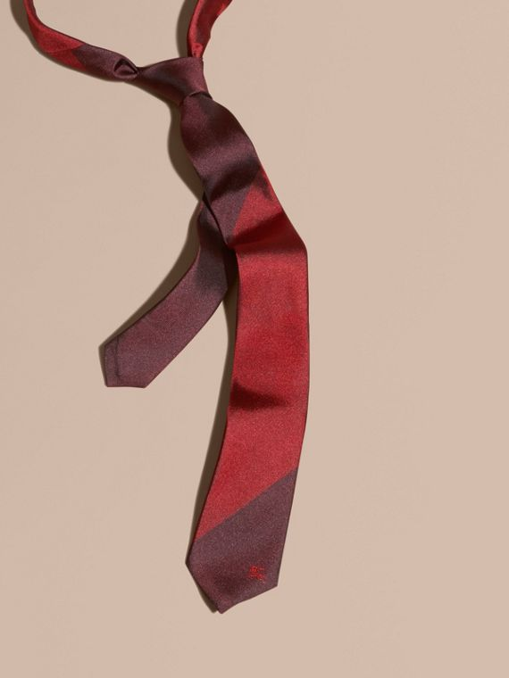 Slim Cut Striped Jacquard Silk Tie Parade Red