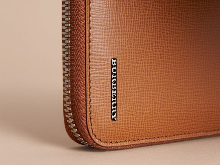 London Leather Ziparound Wallet in Tan | Burberry - cell image 4