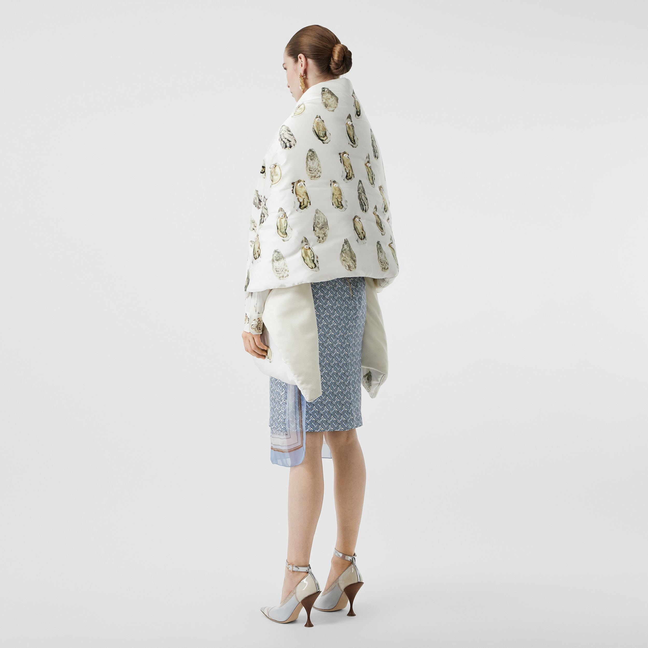 Oyster Print Puffer Scarf in Natural White | Burberry - 3