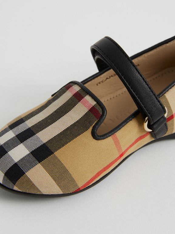 D-ring Strap Vintage Check Slippers in Antique Yellow - Children | Burberry United Kingdom - cell image 1